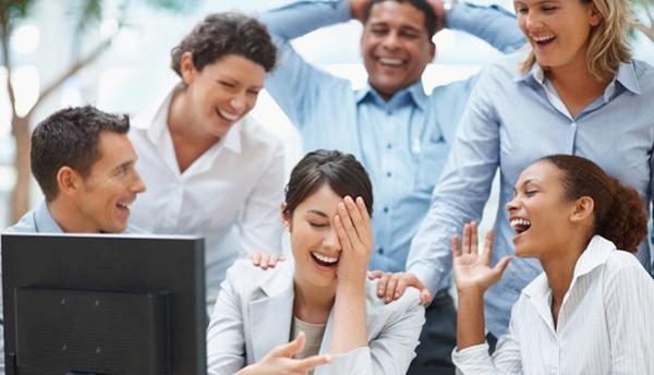 استفاده بهتر و موثر از شوخ طبعی در ارتباط با دیگران