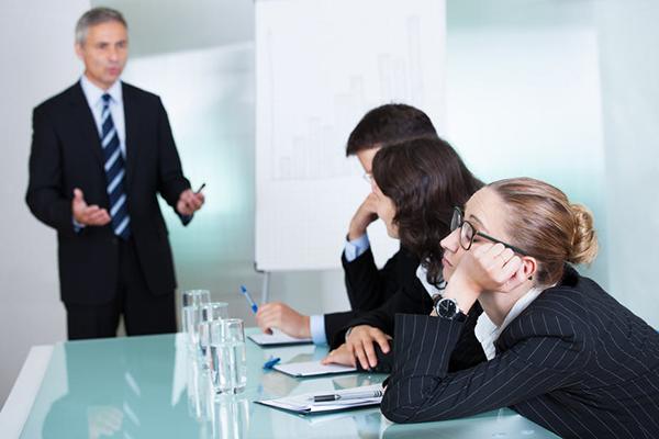 11 ترفند برای این که سرصحبت را باز کنید و همه عاشق گفتگو با شما باشند!