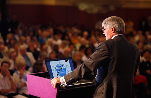 نقش ضمیر ناخودآگاه سخنران در سخنرانی