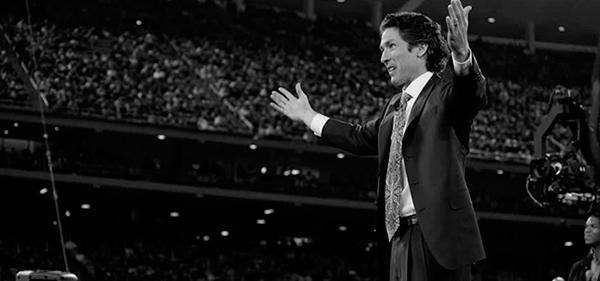 راه های دائمی غلبه بر ترس از سخنرانی  سخنرانان بزرگ چگونه ترس از سخنرانی را از خود دور می کنند؟ 4Amazing Leaders Who Once Had Stage Fright
