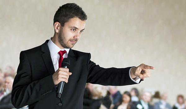 سخنرانی حرفه ای با وجود اختلالات گفتاری