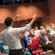 تکنیک هایی برای استفاده از مکث در سخنرانی