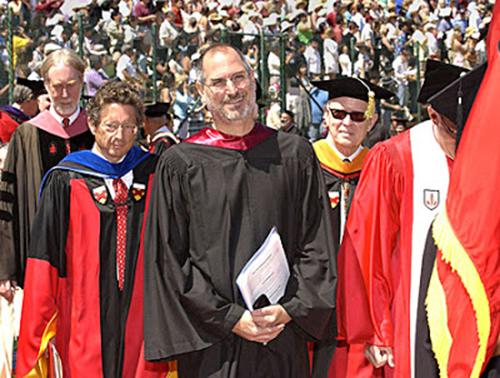 مروری بر سخنرانی الهامبخش استیوجابز در دانشگاه استنفورد