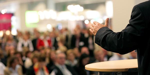 معرفی مفهوم نردبان انتزاع و کاربردهای آن در سخنرانی