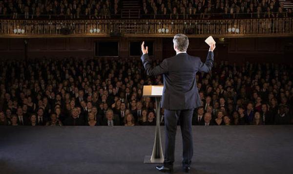 بررسی مهارتهای ارائه مطالب در سخنرانی