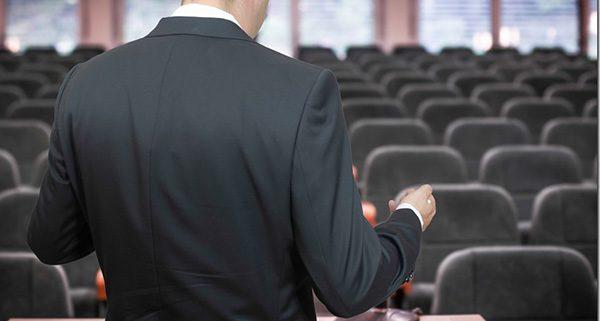 نکاتی برای کسب آمادگی پیش از سخنرانی از راه اصولی
