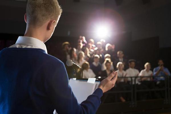 تکنیکهای کلیدی برای داشتن پایان قوی در سخنرانی